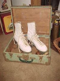 Vintage Roller Skates w/Case