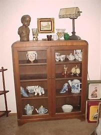 Antique Cabinet with Glass Doors, Lamp & Collectibles