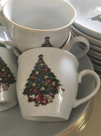 Christmas plate cups full set