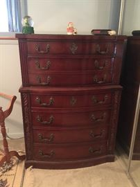 Beautiful mahogany 7 drawer high dresser (3 piece set)