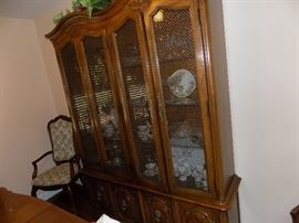 Thomasville French Provincial china hutch  200 dollars