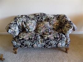 settee there is two  100 each