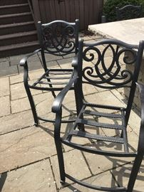 Set of 4 weighted aluminum outdoor counter chairs - cushions included