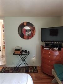tv, dresser, mirror, end table, chair, bed room set