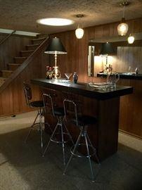 Mid-century bar with 3 bar stools