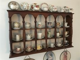 Soild Wood Shelf , Cups And Saucers