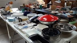 Lots of kitchenware, some books,Christmas items and outdoor pots