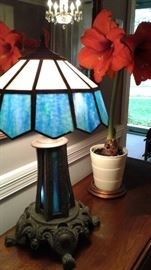 Leaded glass lamp, Lots of lush plants