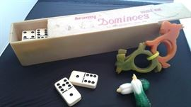 Vintage dominos, Bakelite Scottie napkin rings