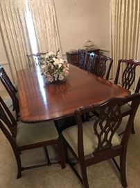 White Furniture Company Dining set  Table w 12 chairs and 2 leaves