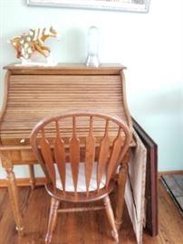 Petite rolltop desk