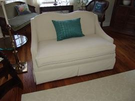 Upolstered loveseat