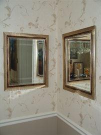 Pair mirrors