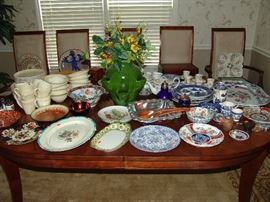Miscellaneous china and Blue Willow