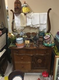 Look for updated photo of this sweet wash stand!