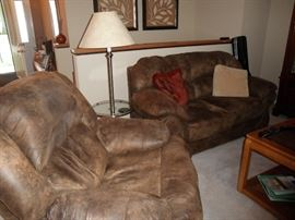 MATCHING OVERSIZED CHAIR AND LOVESEAT