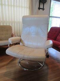 Vintage Ekornes recliner