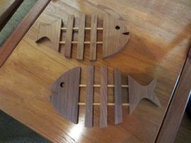 Teak fish trivets