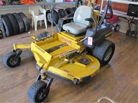 https://lindsayauctions.hibid.com/lot/40451139/hustler-super-z-vx4-zero-turn--66--mower-deck-/