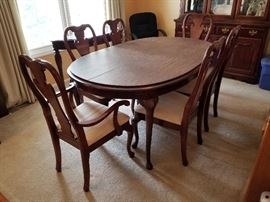 Dining table, chairs and table pads