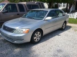 2001 Toyota Avalon. 163xxx miles. Everything works good except air.  Drives great.