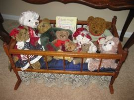 Boyd's Teddy Bears, Etc., Wood Cradle