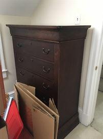 Dresser mahogany