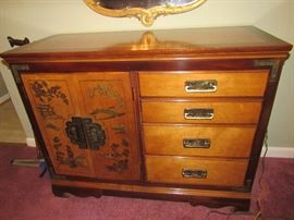 4 drawer 2 door cabinet - gorgeous!