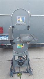 """Delta Rockwell 14"""" Band Saw"""