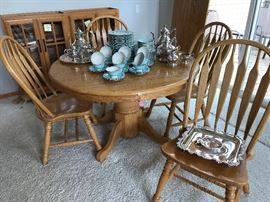 "Solid 48"" Oak Pedastool table and six chairs (chair seat extra deep and table comes with one 24"" extension."