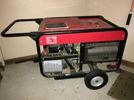 Honda ES 6500 Generator with only limited use (approx. 100 hours).