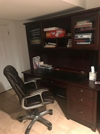 Haverty's desk with hutch  (x2) and desk chair.