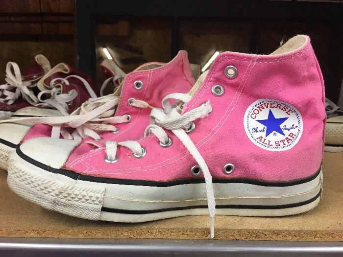 4 pair original Converse Chuck Taylor's-Great condition