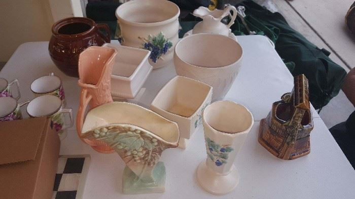 McCoy Pottery-Excellent Condition