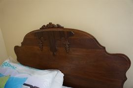 headboard of bed set