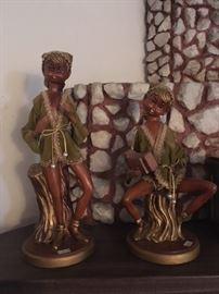 Margaret Keane style 1960s Big Eyes figurines