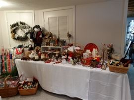 Many antique ornaments