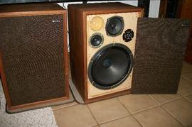 Lafayette Criterion  4X speakers, excellent sound