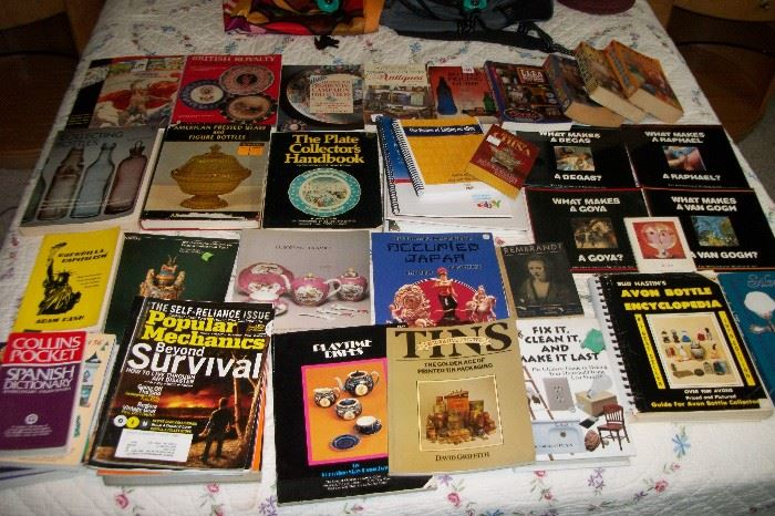 Hundreds of Reference Art Collectible Books