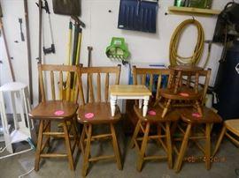 barstools/stools
