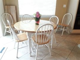 kitchen dining set for (6) includes (1) leaf