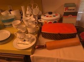 Vintage Stoneware and Kitchen Items