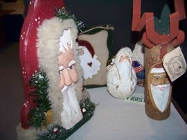 Santa Figurines / Decorative Items - Lot of 5 - $30