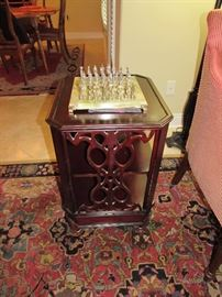 Franklin Mint chess set, Mahogany Vintage library table