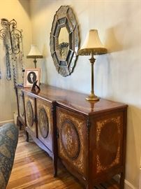 Inlaid Italian sideboard, mirror & lamps