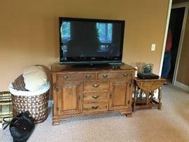 Cherry Buffet (TV not for sale)