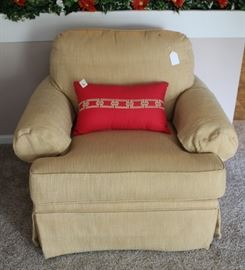 Clean and in good condition swivel, club chair.