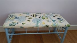 Bench matching QS bed
