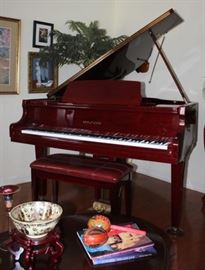 "Beautiful Hyundai 4' 7"" G-50A baby grand piano in showroom condition.   Available for immediate sale.  Call Denny at 601-270-5873 for details."