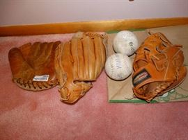 3 Vintage Leather Ball Mitts & 2 Softballs.
